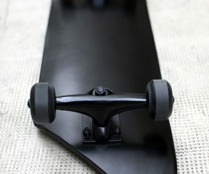 black, skate, and skateboard image