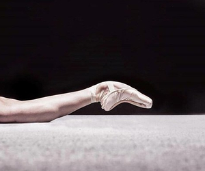 art, beautiful, and pointe shoes image