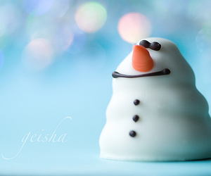 eat me, lovely, and snowman image