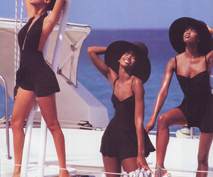 Naomi Campbell, tyra banks, and 90s image