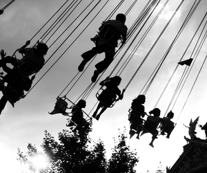 swings image
