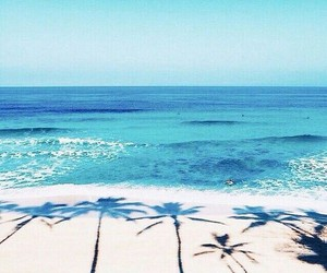 beach, tumblr, and we heart it image