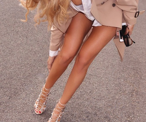 blonde, fashion, and chic image