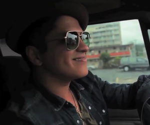car, hawaii, and hooligans image