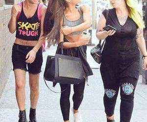 outfit, ariana grande, and friends image