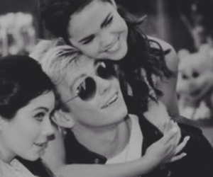 raia, maia mitchell, and ross lynch image