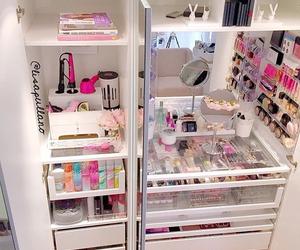 makeup, room, and pink image