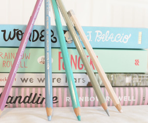 books and pencils image