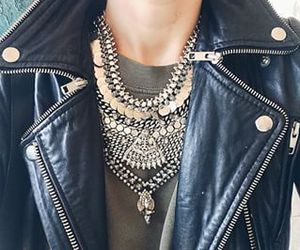 necklace, fashion, and attitude image