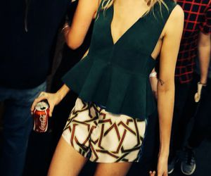 fashion, outfit, and caradelevingne image
