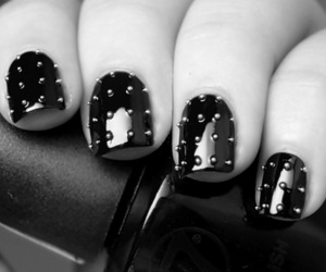 nails, black, and black and white image
