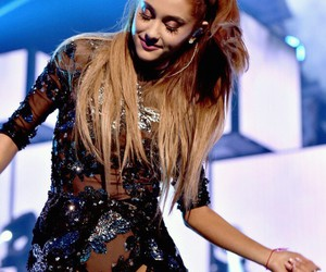 celebrity, fangirl, and ariana grande image
