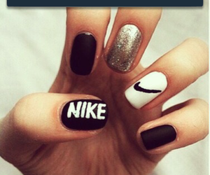 nails, nike, and nailpolisch image