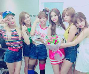 remember, music bank, and apink image