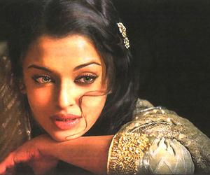aishwarya rai and umrao jaan image