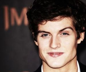 daniel sharman image