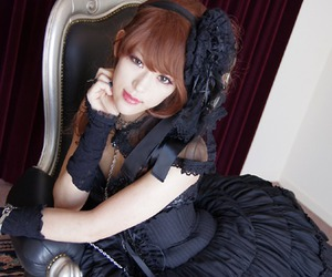 beauty, black, and goth image