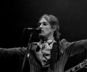 bw, daniel johns, and silverchair image