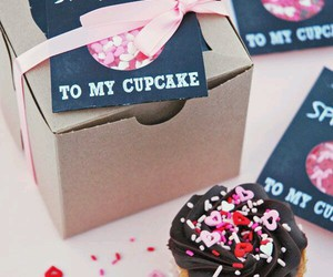 cupcake and sprinkles image