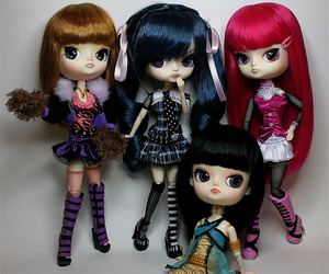 phoebe, monster high, and monster pullip image
