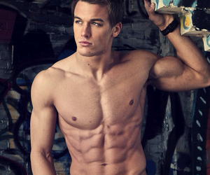 fitness, hot guys, and saude image