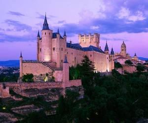 castle and segovia image
