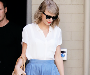 Taylor Swift and girl image
