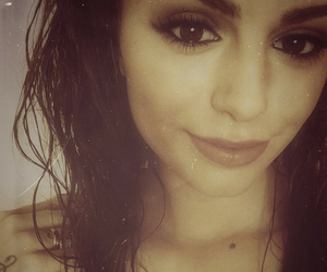 tumblr, cher lloyd, and twitter image