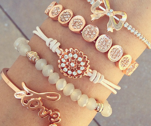 bracelet, gold, and jewellery image