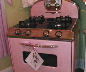 pink, kitchen, and vintage image