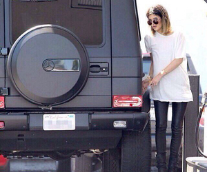 kylie jenner, car, and jenner image