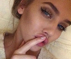 beautiful, blue, and eyes image