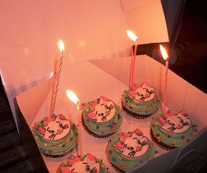 cupcakes and disney image