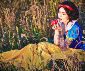 cosplay, disney, and snow white image