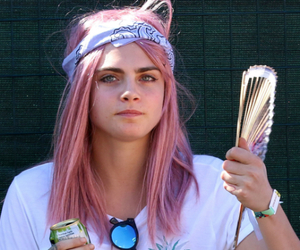 music, pink, and cabelo rosa image