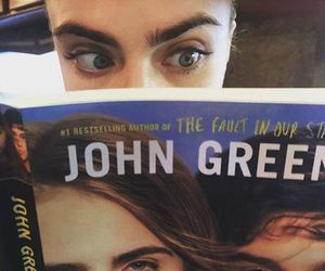 cara delevingne, book, and paper towns image