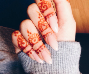 aesthetic, henna tattoo, and black and white image