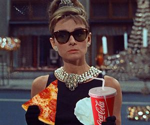 Breakfast at Tiffany's and pizza image