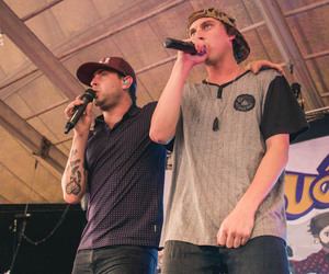 bands, issues, and tyler carter image