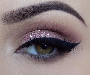 make-up and eyes image