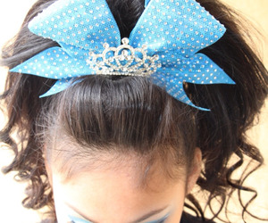 bow, cheer, and goals image