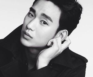 kim soo hyun and actor image