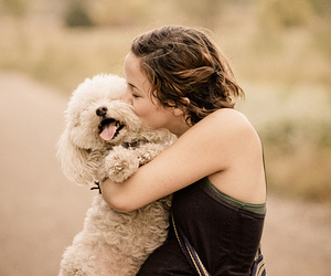 girl, kiss, and love image