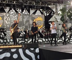 gma and one direction image