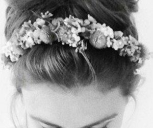 holland roden, flowers, and teen wolf image