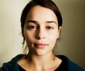 emilia clarke, no makeup, and got image