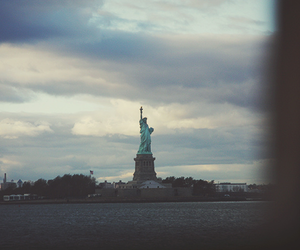 new york, statue of liberty, and love image