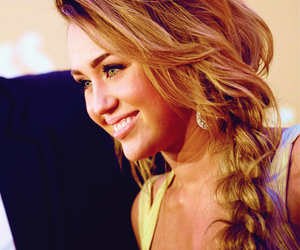 miley cyrus, hair, and pretty image