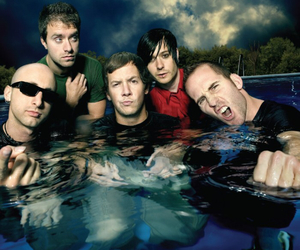 2007 and simple plan image