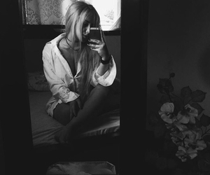 black and white, selfie, and blonde image